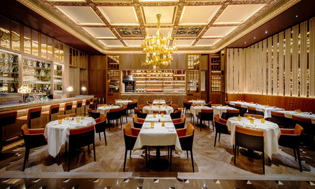 Cách chọn bàn ghế nhà hàng, khách sạn sang trọng