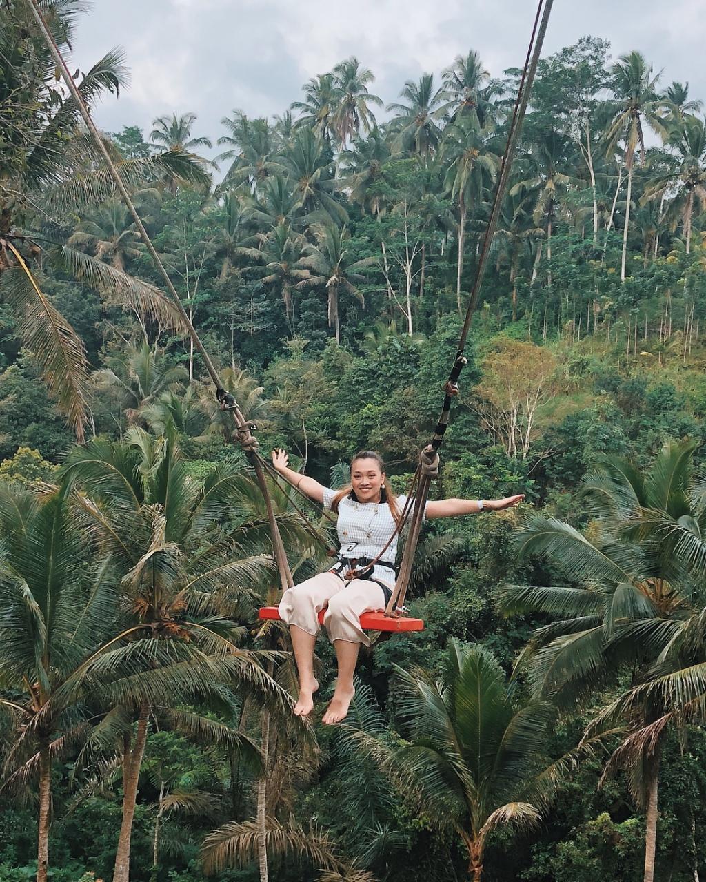 """Ghế Xích đu """"tử thần"""" vạn người mê độc lạ ở Bali"""
